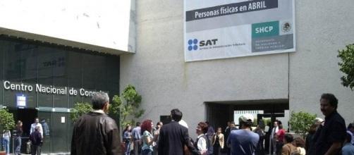 La privatización de los bienes de la Nación en favor de extranjeros, obedece a una baja recaudación de impuestos con los mexicanos