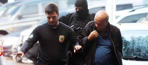 Rogério Onofre sendo preso pela Polícia Federal