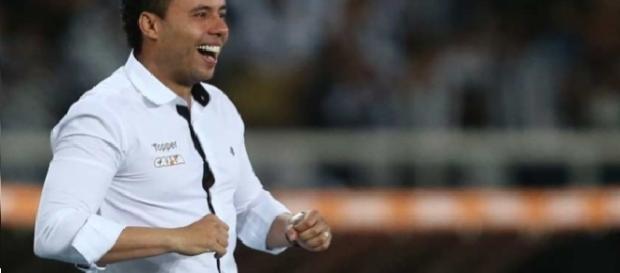 Jair Ventura - técnico do Botafogo
