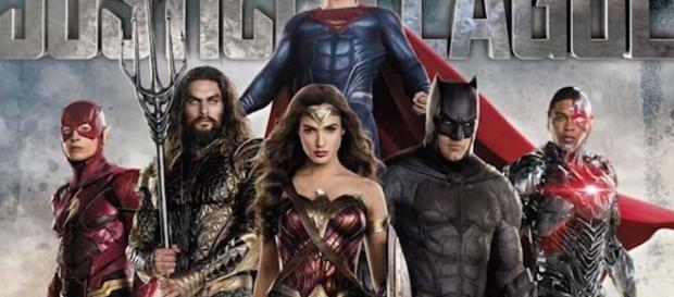 Justice League Trailer 2 and The Flash Flashpoint Movie Theory - YouTube/Emergency Awesome