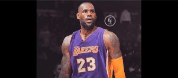 Recent reports are saying that LeBron James could be taking his talent in Los Angeles next year - SportHub / YouTube