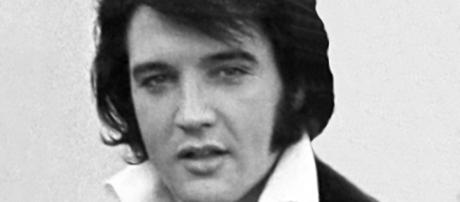 The 40th anniversary of Elvis Presley's death finds thousands mourning loss of King. Photo: Wikimedia Commons/Ollie Atkins