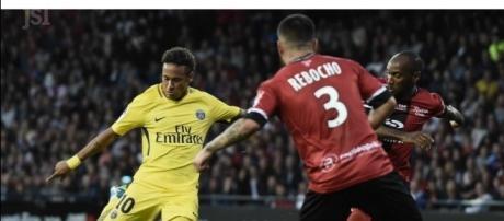 Sport national | Débuts en fanfare pour le PSG de Neymar - lejsl.com