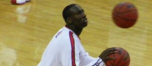 JJ Hickson putting up shots before the game | Wikimedia Commons