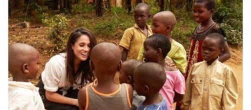 Meghan Markle interacts with kids in Rwanda (Meghan Markle/Twitter).