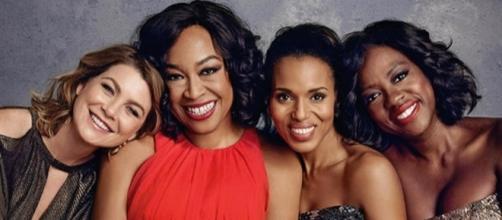 Shonda Rhimes com as protagonistas de suas séries de maior sucesso na ABC (Foto: Reprodução/EW)