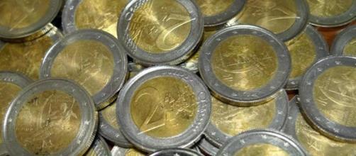 Circolano monete da 2 euro false: ecco come riconoscerle - lastampa.it