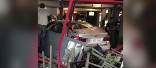 Drame : La voiture fonce dans une pizzeria et fait un mort