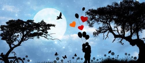 Love. Romance. Image via pixabay