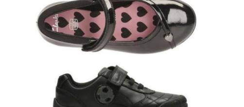 Zapatos de la firma Clarks con claras diferenciaciones según el sexo.
