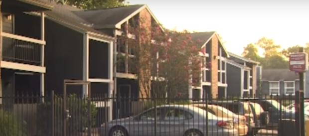 A photo showing the apartment complex where the baby was found - YouTube/CBSDFW