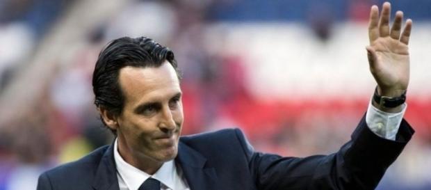 PSG : Emery va devoir se séparer de son arrière droit...
