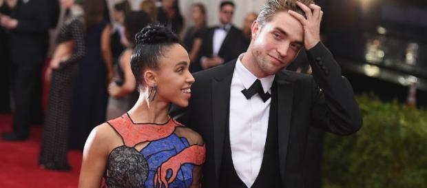 Robert Pattinson, FKA Twigs - Image via YouTube/Wochit Entertainment