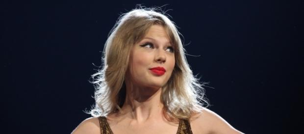 Taylor Swift wept during closing arguments in David Mueller trial - Image by Eva Rinaldi, Flickr