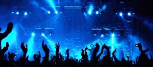 Concert stage / Photo via Martin Fisch, Flickr