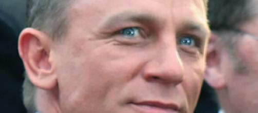 Daniel Craig is James Bond again - https://upload.wikimedia.org/wikipedia/commons/0/02/DanielCraigAAFeb09.jpg