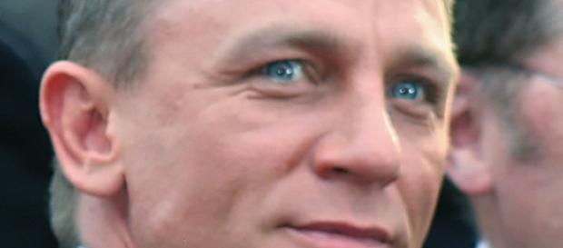 Daniel Craig is James Bond again - https://upload.wikimedia.org/wikipedia/commons/0/02/DanielCraigAAFeb09.jpg