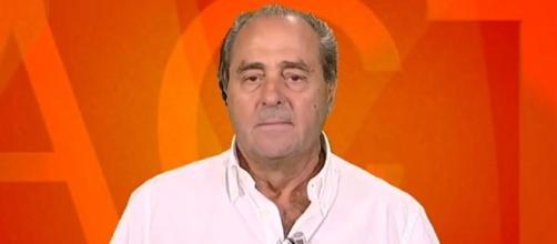 Antonio Di Pietro parla di lotta all'abusivismo e di condoni edilizi