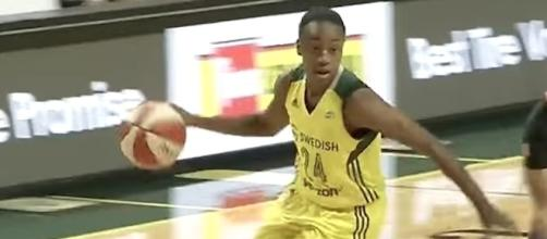 Jewel Loyd scored 16 points in Seattle's big win over Minnesota on Wednesday night. [Image via WNBA/YouTube]