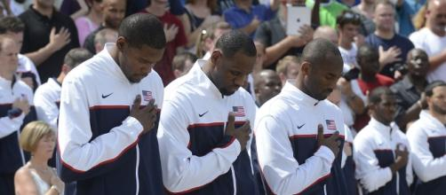 Kevin Durant, LeBron James and Kobe Bryant render honors at the of the Tomb of the Unknown Solider - D. Myles Cullen via Wikimedia Commons