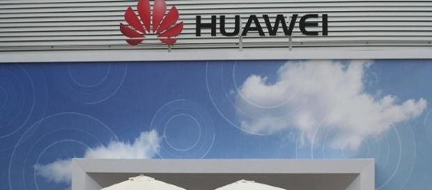 Rumor has it that Huawei's upcoming device may sport facial recognition. [Image via Wikimedia Commons]