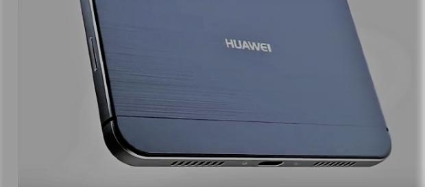 Huawei Mate 10 new leaked images unwrap the final design of the new device? - via YouTube/Concept Creator