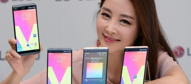 LG reveals crucial information regarding the LG V30 / Photo via LG Electronics, Flickr