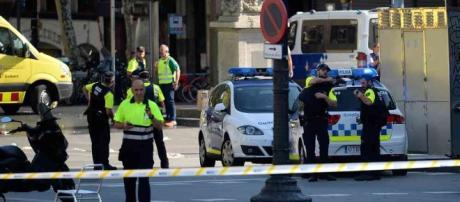 Ataque terrorista em Barcelona - semana.com
