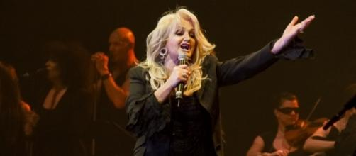 Bonnie Tyler/Photo via Florian Stangl, Flickr