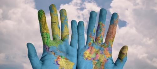 Color your world - Image via Pixabay