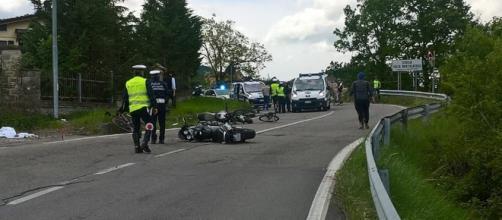 Incidente stradale in curva: muore uomo