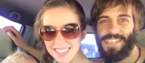 Jill Duggar and Derick Dillard--Image by The Fame/YouTube