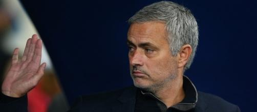 Mourinho, Manchester United | https://tinyurl.com/y8nd37h8