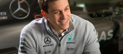 Toto Wolff: Mercedes pronta a cambiare strategia per bloccare Vettel - autocar.co.uk