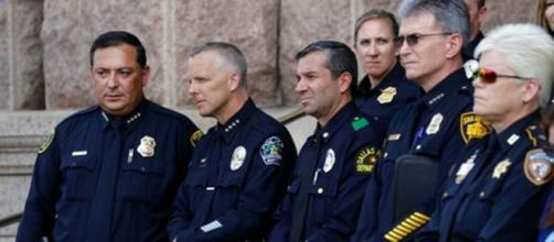 Usa, agente dice che Polizia uccide solo i neri