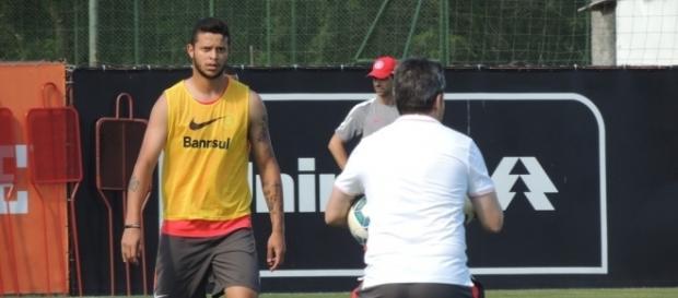 Bruno Boia - atacante do Inter
