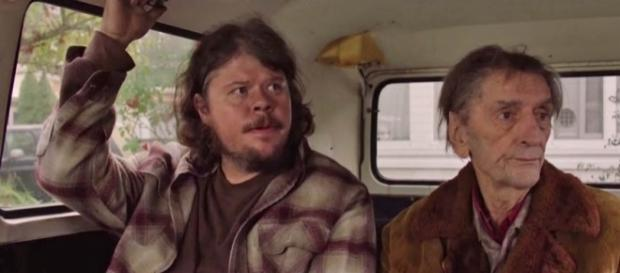 """Jeremy Lindholm (left) of """"Twin Peaks"""" arrested and accused of attempted second-degree murder of his girlfriend [Image: YouTube/Pete Peppers]"""