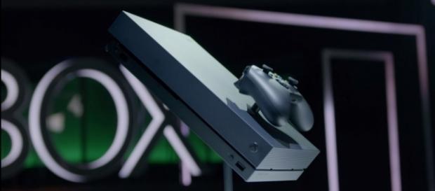 PS4 Pro vs Xbox One X! YouTube/Austin Evans