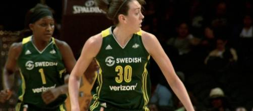 Breanna Stewart had 22 points and nine rebounds in a one-point win by Seattle Friday night. [Image via WNBA/YouTube]