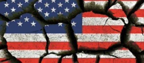 broken American flag, screengrab via YouTube | Howcall