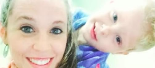 Jill Duggar and son Israel--Image by YouTube/TheFame