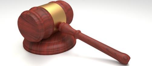 Judge's gavel via Pixabay no attribution required
