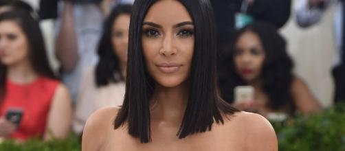 Kim Kardashian Apologizes - Youtube