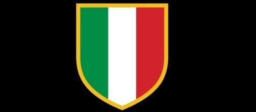 Lo scudetto che spicca sulle maglie dei campioni d'Italia