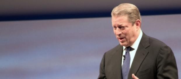 Al Gore said President Donald Trump should resign. [Image via Tom Raftery/Wikimedia]