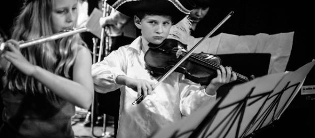 I cinque benefici per chi suona uno strumento