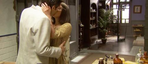 Anticipazioni spagnole Il Segreto: il bacio di Beatriz