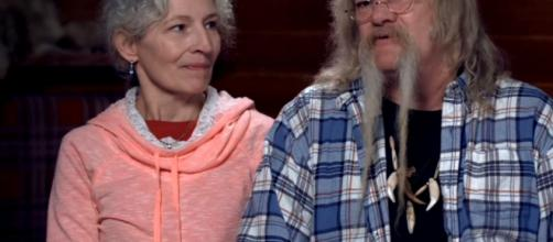 "Bill and Ami of ""Alaskan Bush People"" celebrates 38th wedding anniversary (Discovery / YouTube)"