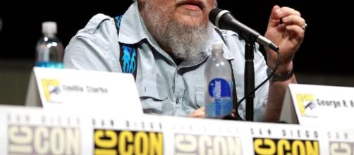 George RR Martin visited his publisher's office and the security guards did not recogniize him./ Photo via Gage Skidmore, Wikimedia Commons