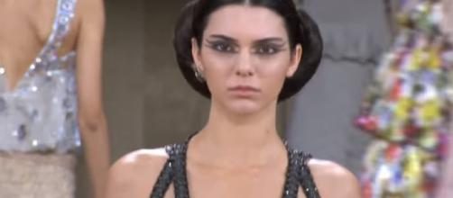 Kendall Jenner Runway 2016 - Image - Runway Collections  YouTube